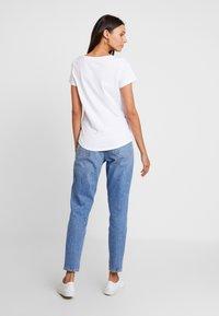 Esprit - FASHION TEE - T-shirts print - white - 2