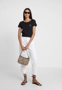 Esprit - FASHION TEE - T-shirt z nadrukiem - black - 1