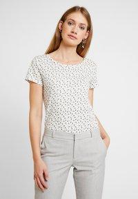 Esprit - TEE - Print T-shirt - offwhite - 0