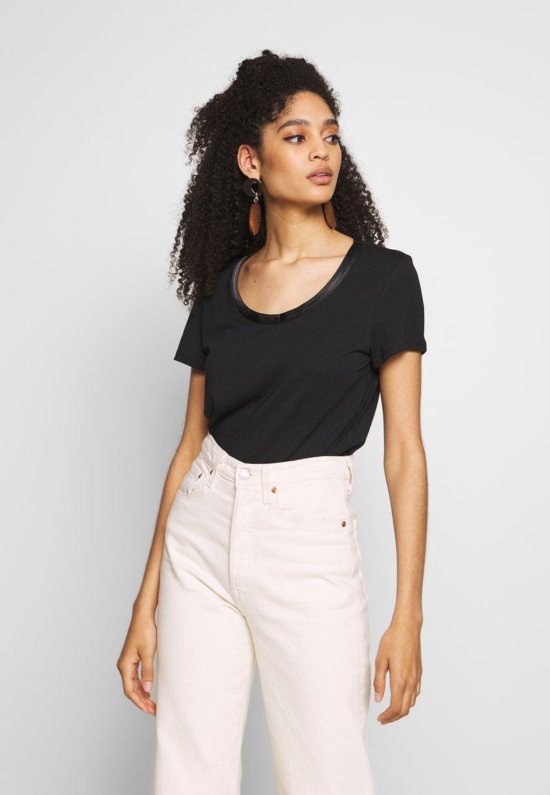 Esprit - T-shirts - black