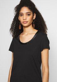 Esprit - T-shirts - black - 4