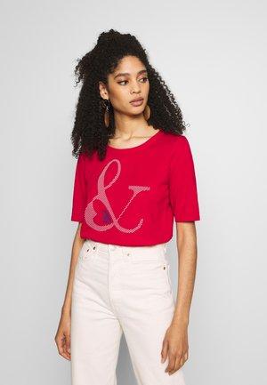 SG-010EE1K315       CORE OCS AW T - T-shirt z nadrukiem - dark red