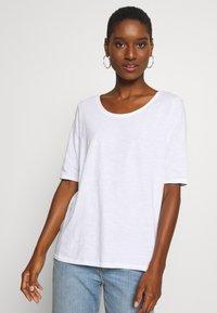 Esprit - CORE - Basic T-shirt - white - 0