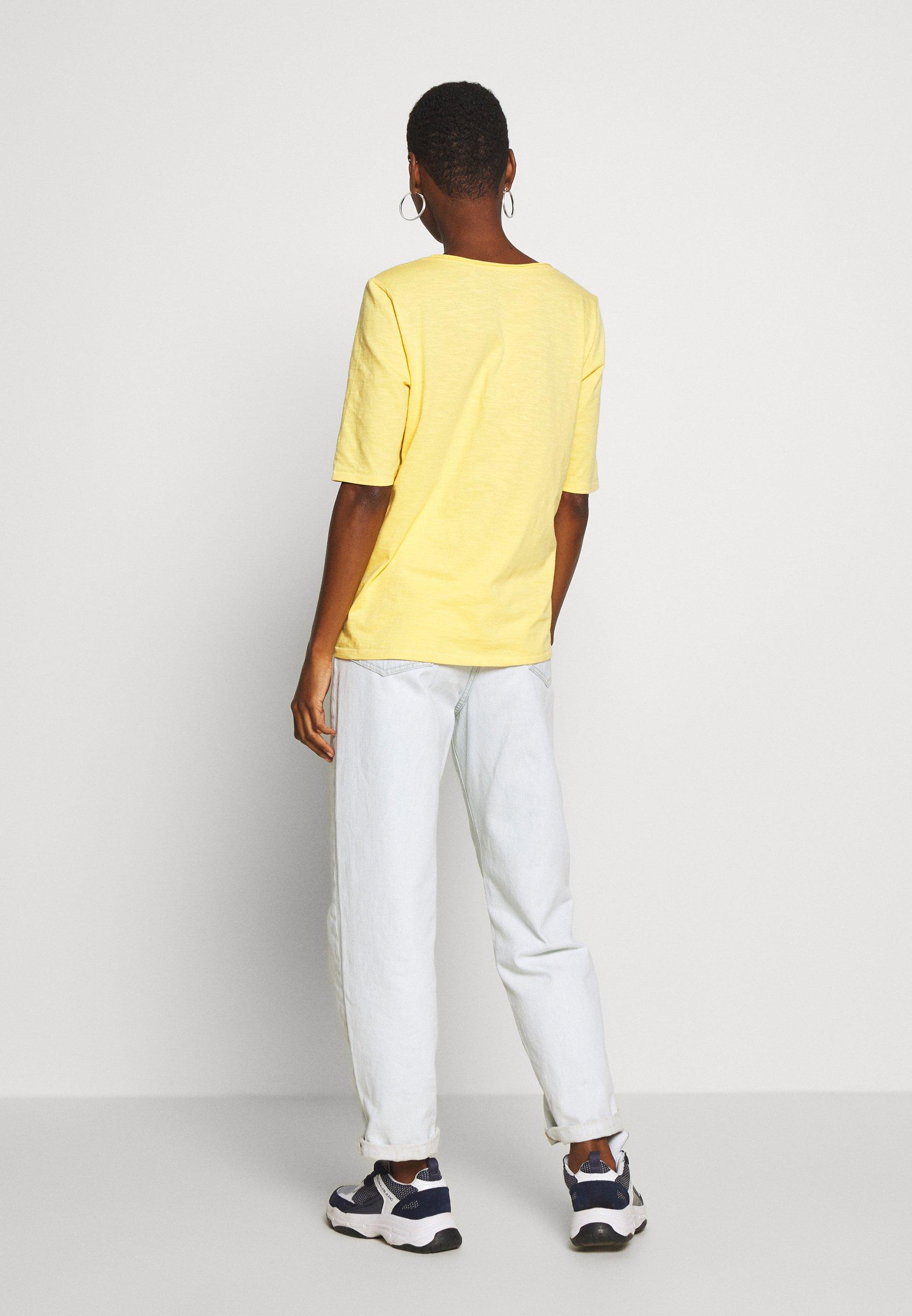 Esprit CORE - T-shirt basic - yellow