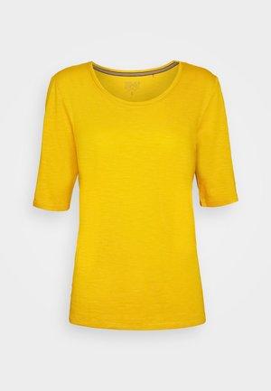 Jednoduché triko - brass yellow