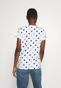 Esprit - CORE - T-shirts med print - white - 2