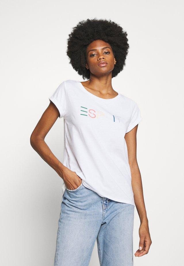 CORE - T-shirt con stampa - white