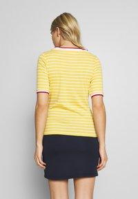 Esprit - STRIPE TEE - Printtipaita - yellow - 2