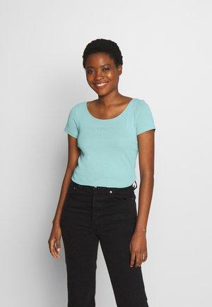 CORE FLW OCS T - T-shirts med print - light aqua green