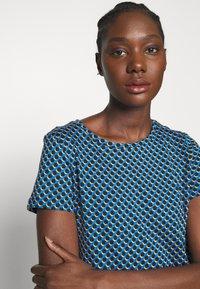 Esprit - T-shirts print - light blue - 5
