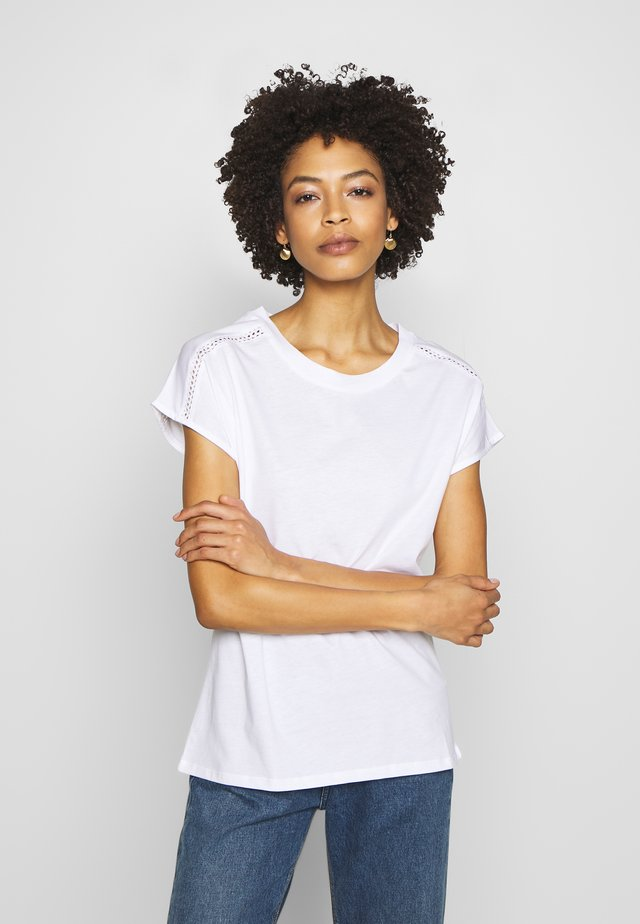 BANDANASCAF - T-shirt con stampa - white