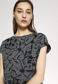 Esprit - MIX - T-shirts med print - black - 4