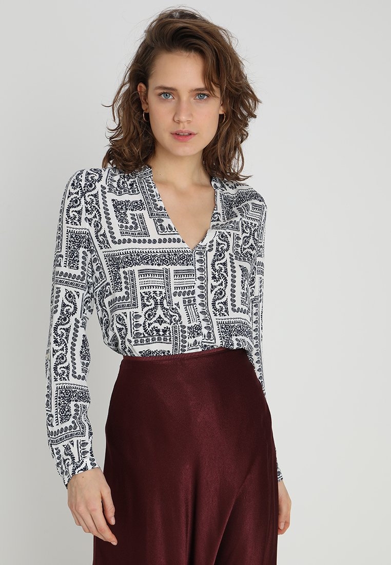 Esprit - FLUENT - Bluse - off white