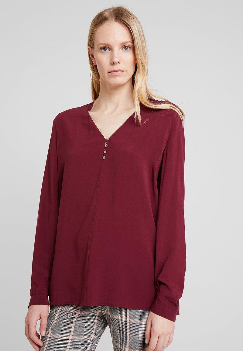 Esprit - FLOW FLUID - Bluse - bordeaux red