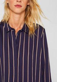 Esprit - MIT VERDECKTER KNOPFLEISTE - Button-down blouse - navy - 3