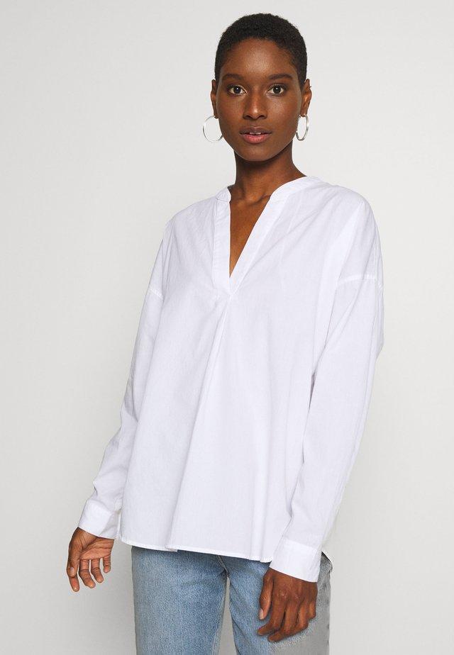 OCSCOTTON  - Bluse - white