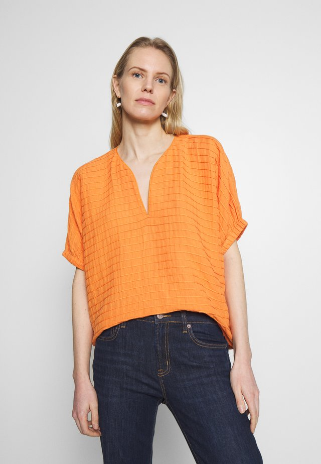 Blouse - rust orange