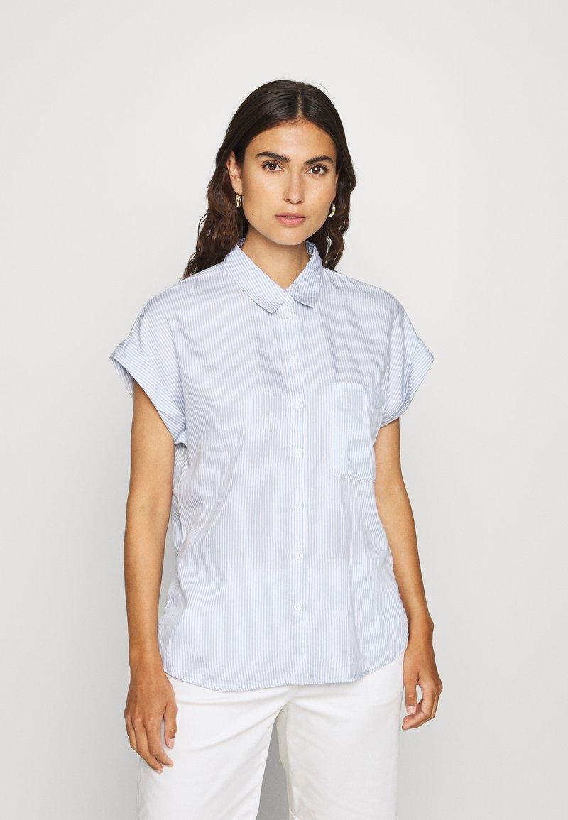 Esprit - PINSTRIPE - Button-down blouse - light blue