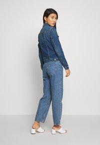 Esprit - WAISTED - Kurtka jeansowa - blue medium - 2