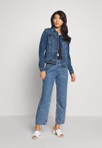 Esprit - WAISTED - Kurtka jeansowa - blue medium - 1