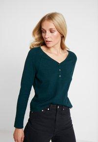 Esprit - HENLEY - Neule - dark teal green - 0