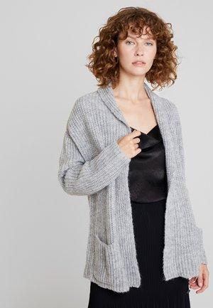 Neuletakki - light grey