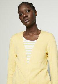 Esprit - Lett jakke - dusty yellow - 3