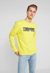 Esprit - PRIDE C&K CAPSULE UNISEX - Sweater - yellow - 2