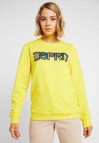 Esprit - PRIDE C&K CAPSULE UNISEX - Sweater - yellow - 0