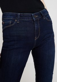 Esprit - Slim fit jeans - blue dark wash