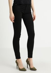 Esprit - Jeansy Slim Fit - black - 0
