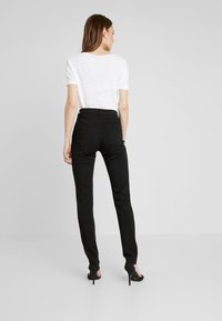 Esprit - Jeansy Slim Fit - black - 2