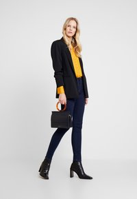 Esprit - Jeansy Skinny Fit - blue rinse - 1