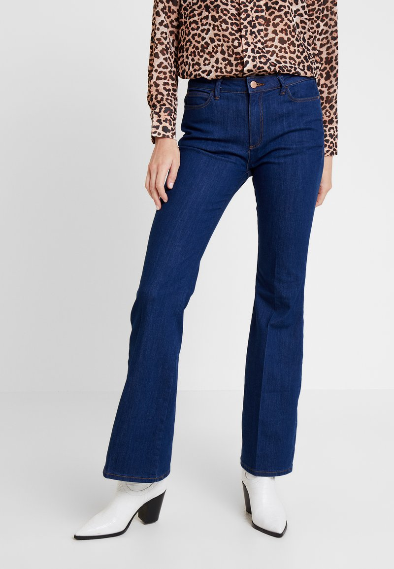Esprit - FLARE - Flared Jeans - blue medium wash
