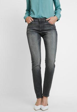 Jeansy Slim Fit - grey medium wash