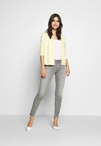 Esprit - Jeans Skinny Fit - grey medium wash - 1