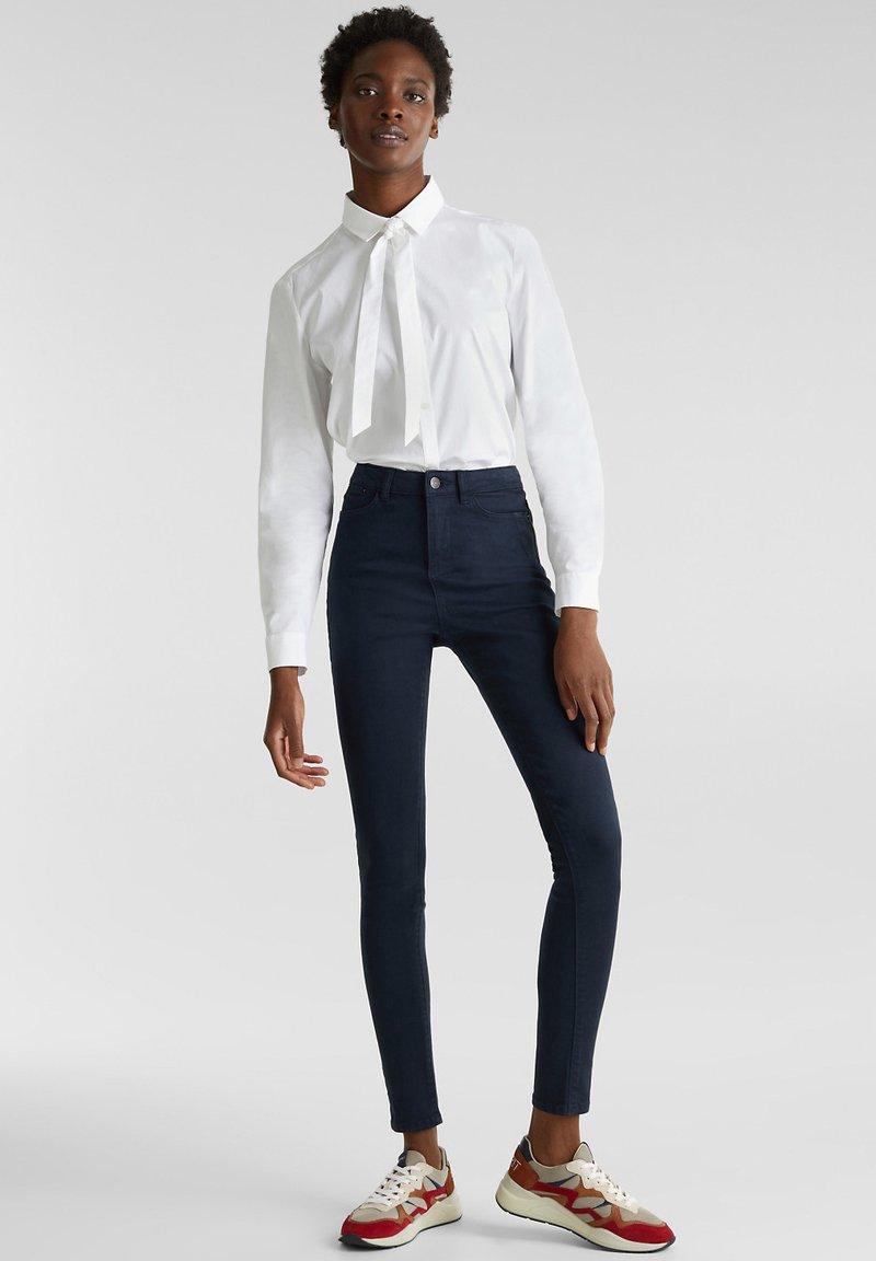 Esprit - MIT NEUEN TASCHEN - Jeans Skinny - navy