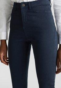 Esprit - MIT NEUEN TASCHEN - Jeans Skinny - navy - 3