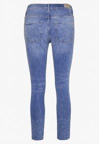 Esprit - MR SKINNY - Jeans Skinny Fit - blue medium wash - 1
