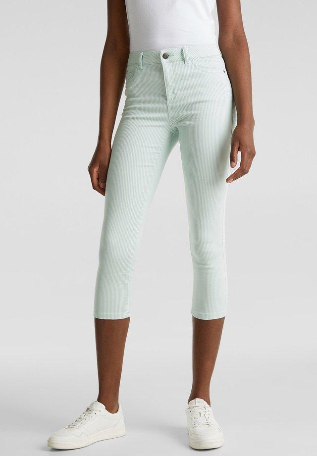 FASHION PANTS - Shorts - light aqua green