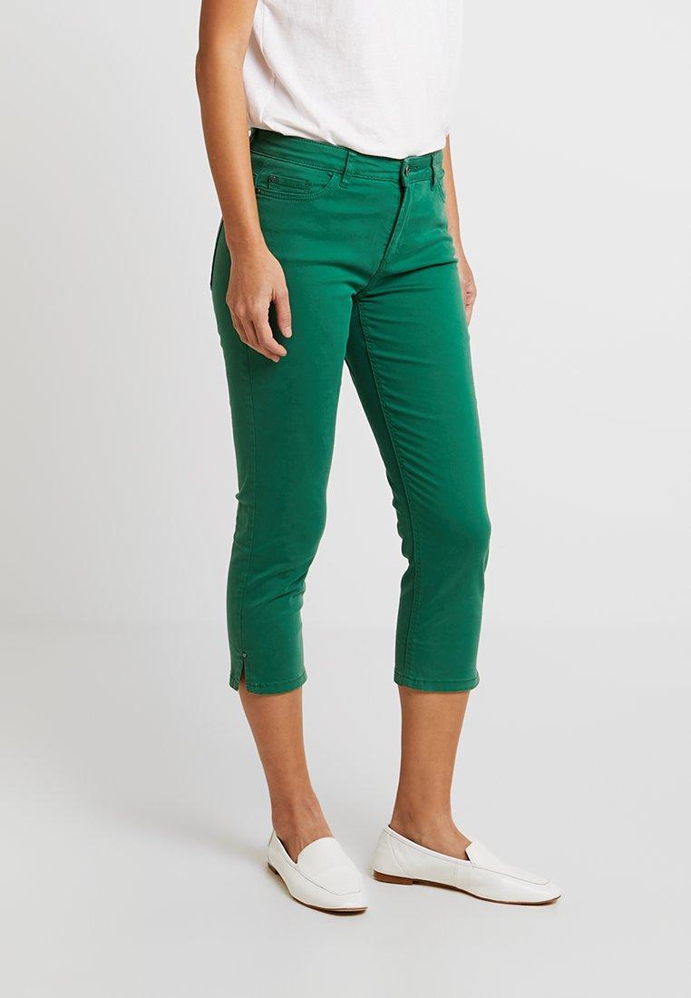 Esprit - CAPRI SLIM - Shorts - dark green