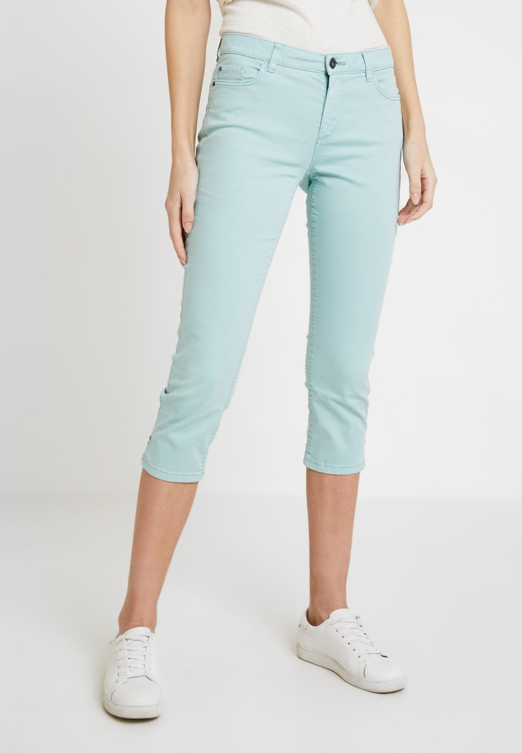 Esprit - CAPRI SLIM - Shorts - light aqua green