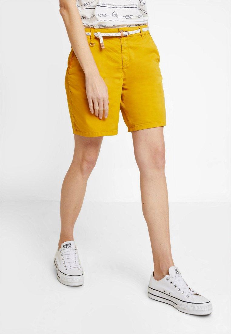 Esprit - Shorts - amber yellow