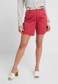 Esprit - Shorts - pink fuchsia - 0