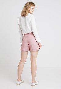 Esprit - Shorts - dark old pink - 2