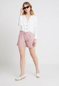 Esprit - Shorts - dark old pink - 1