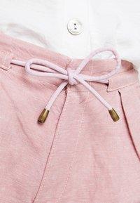 Esprit - Shorts - dark old pink - 3