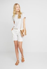 Esprit - Shorts - navy - 1