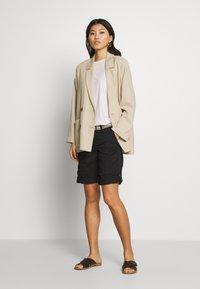 Esprit - F PLAY BERMUDA - Shorts - black - 1