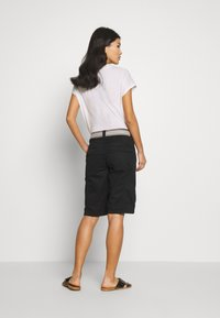 Esprit - F PLAY BERMUDA - Shorts - black - 2